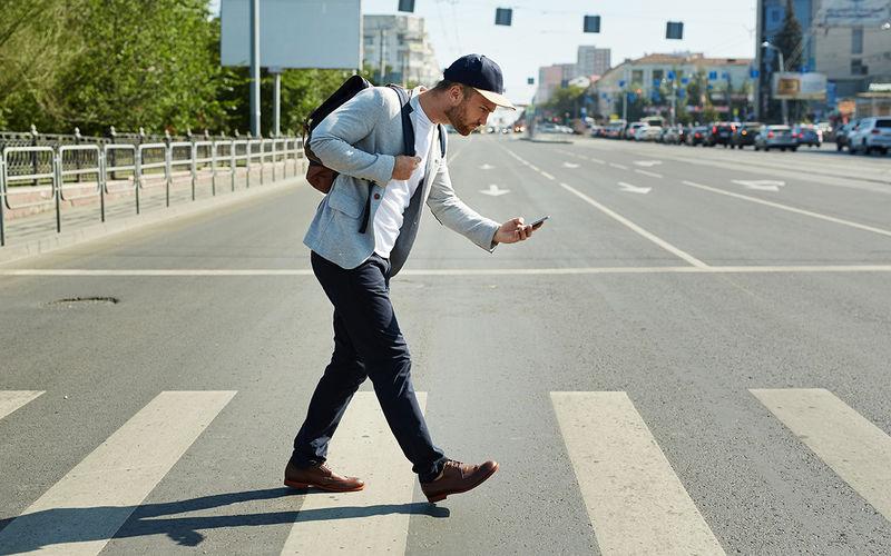 В рамках проекта «Автодата» разработают мобильное приложение для предупреждения пешеходов о приближающихся машинах - 1