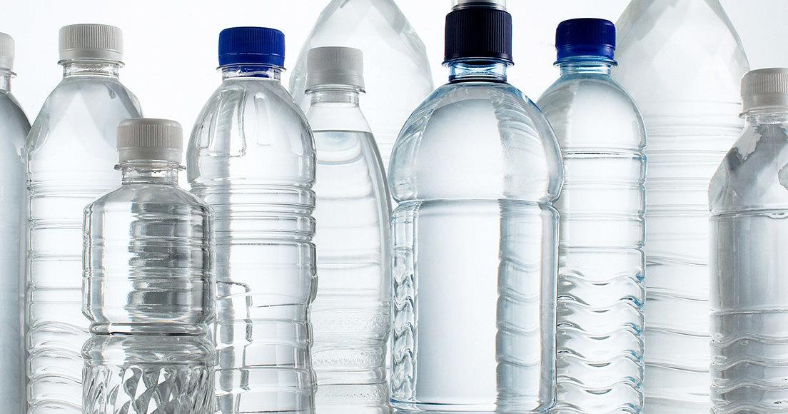 Пластиковая бутылка: великое и ужасное изобретение 1960-х