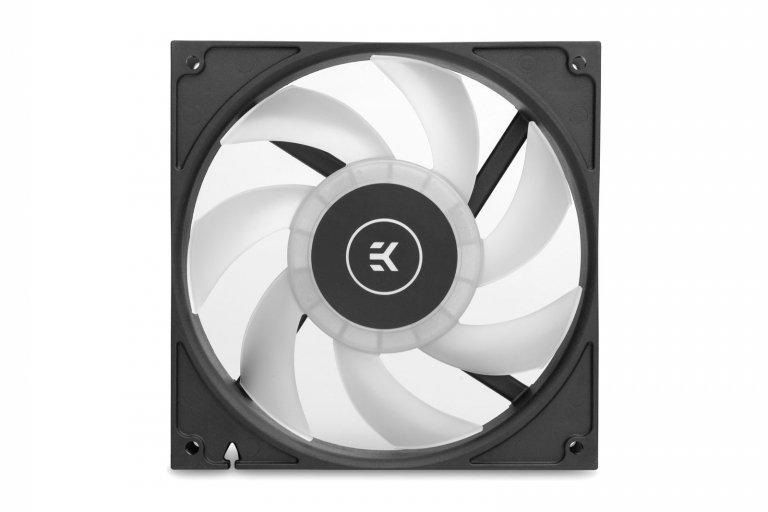 Вентилятор EK-Vardar EVO 140ER D-RGB стоит 25,9 евро