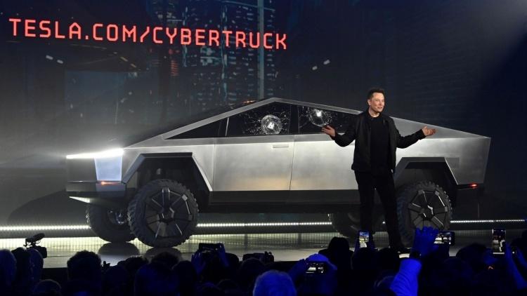 Tesla изменила график выпуска Cybertruck в связи с высоким спросом на более мощные версии