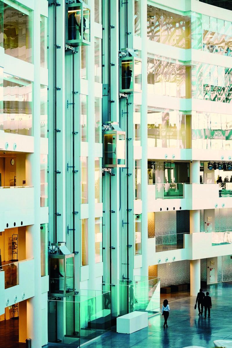 Сложный алгоритм: как работают лифты