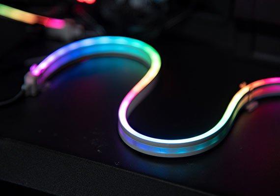 Teamgroup использует в ленте ARGB LED Uniform Strip необычно мелкие светодиоды