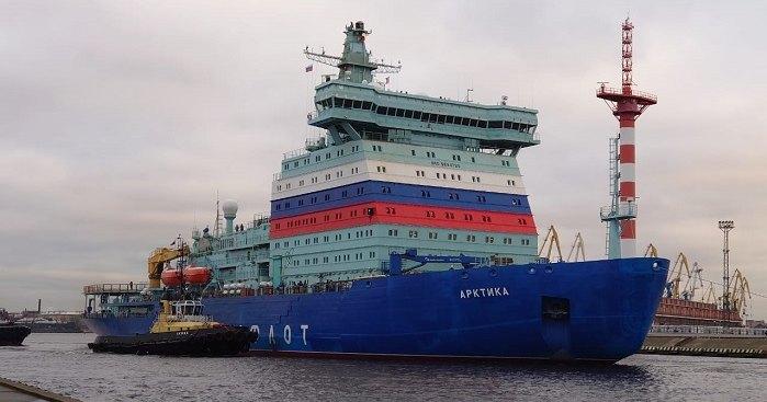 Атомный ледокол «Арктика» вывели на ходовые испытания