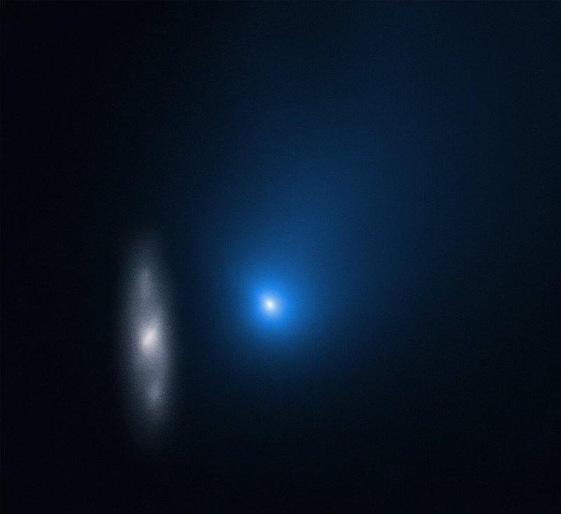 «Хаббл» получил удивительные снимки первой межзвездной кометы