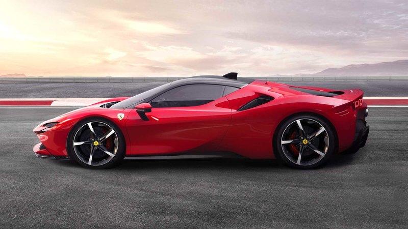Ferrari не торопится с выпуском электромобиля