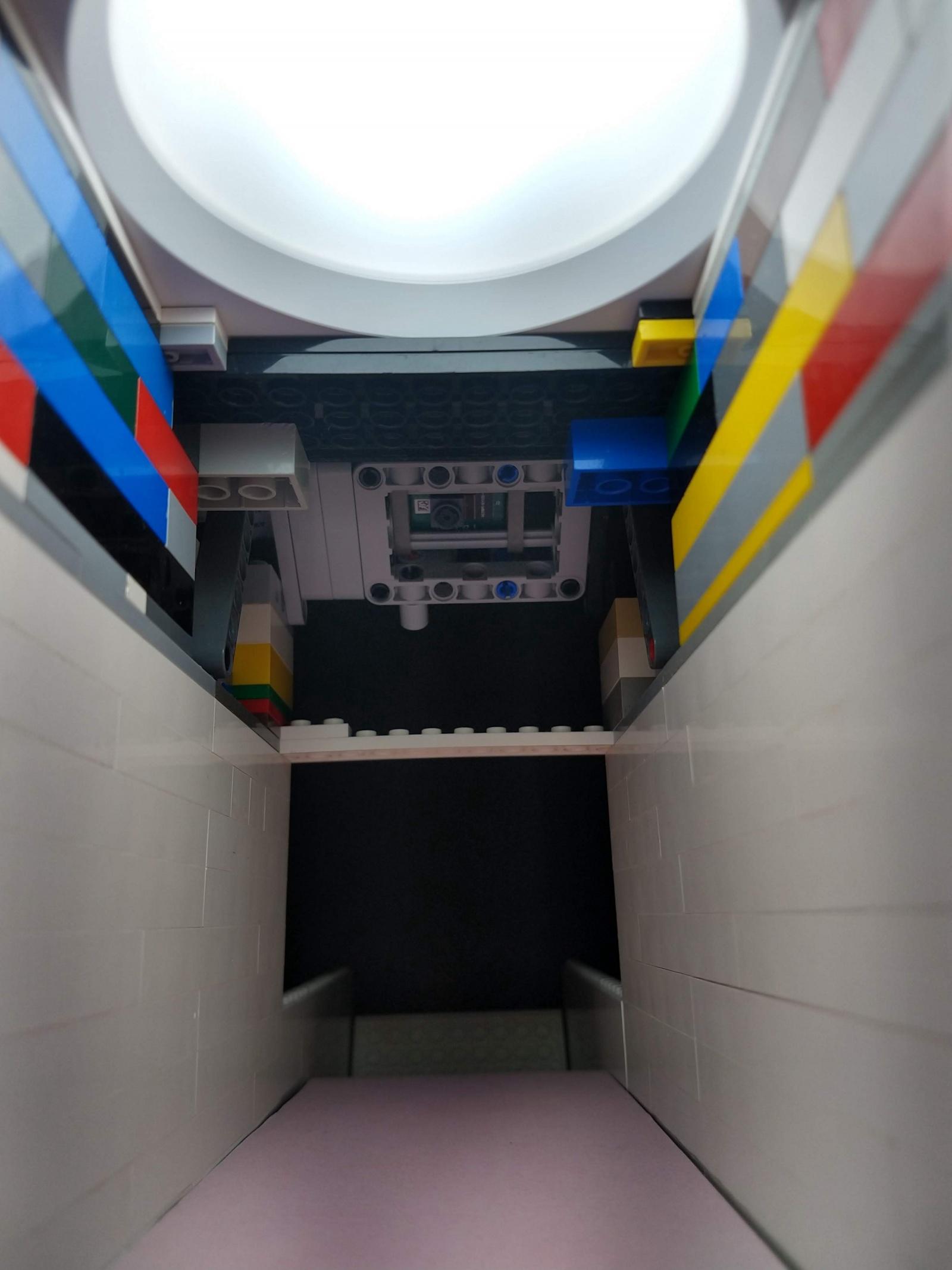 Высокоскоростное машинное зрение в универсальном устройстве для сортировки деталей LEGO - 4