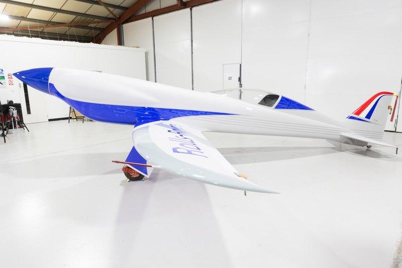 Rolls-Royce представил электрический самолет для рекорда скорости - 2