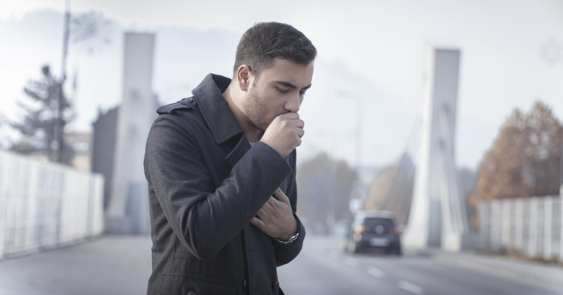 Эпиляция гортани спасла мужчину от кашля