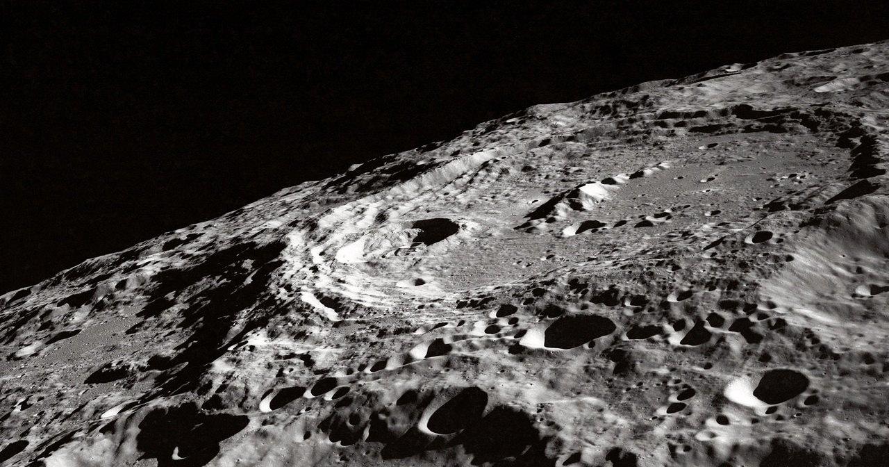 Зарыться в грунт: как мы будем жить на Луне