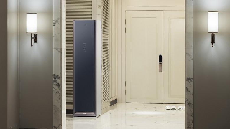 Samsung выпускает в России паровой шкаф AirDresser