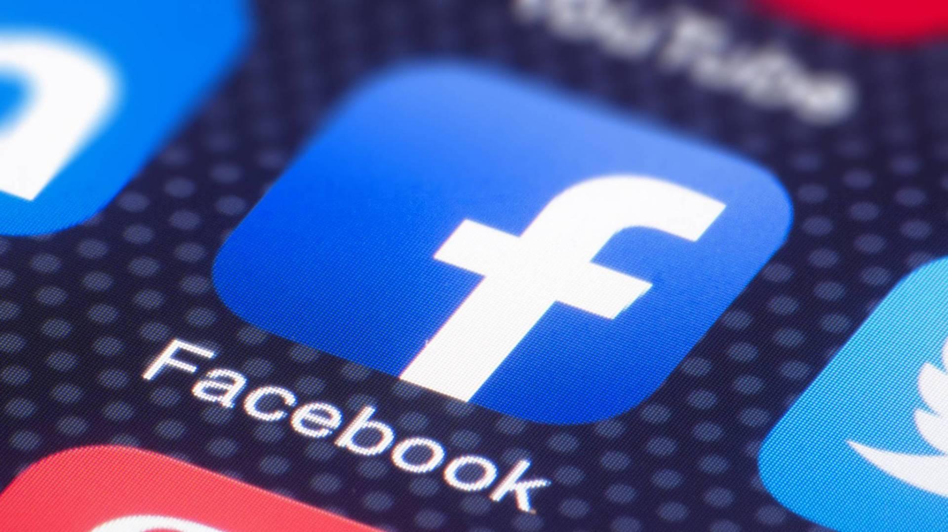 Facebook удалил сотни аккаунтов со сгенерированными ИИ аватарками - 1