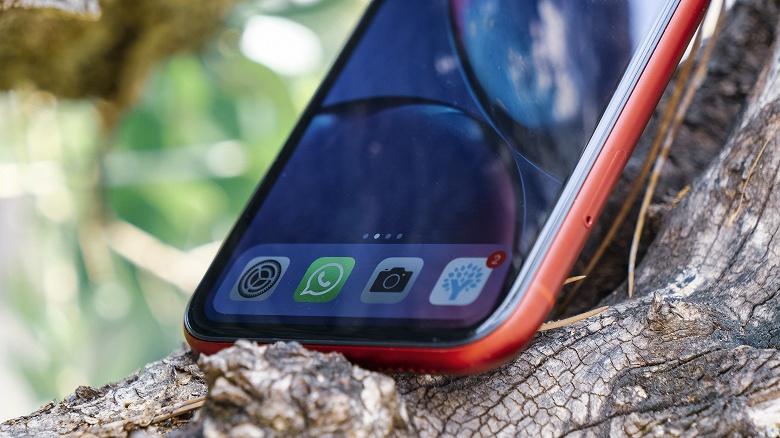 iPhone XR — всё ещё самый продаваемый смартфон в мире. На втором и третьем местах — модели Samsung