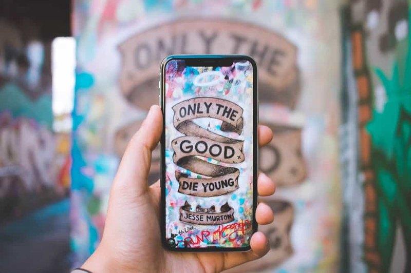 """""""Я ваш AMOLED экран шатал"""": идеальный смартфон 2019 года"""