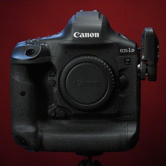 Зеркальная камера Canon EOS-1D X Mark III может быть представлена в течение ближайших 30 дней