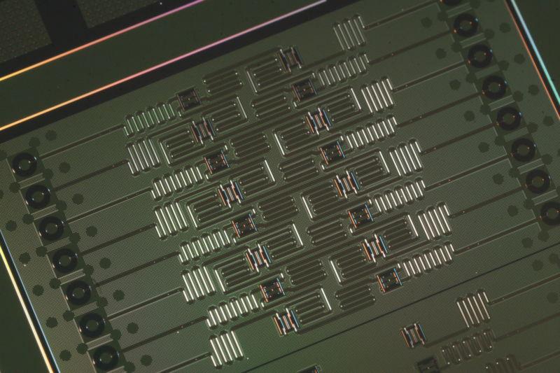 Проигравшие в гонке квантовые компьютеры и их роковые ошибки - 1
