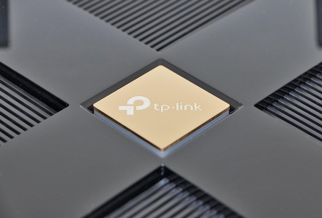Разбираем первые устройства TP-Link с Wi-Fi 6: роутер Archer AX6000 и адаптер Archer TX3000E - 1