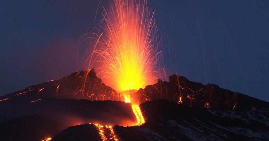 Вулканизм оказался связан с вращением Земли
