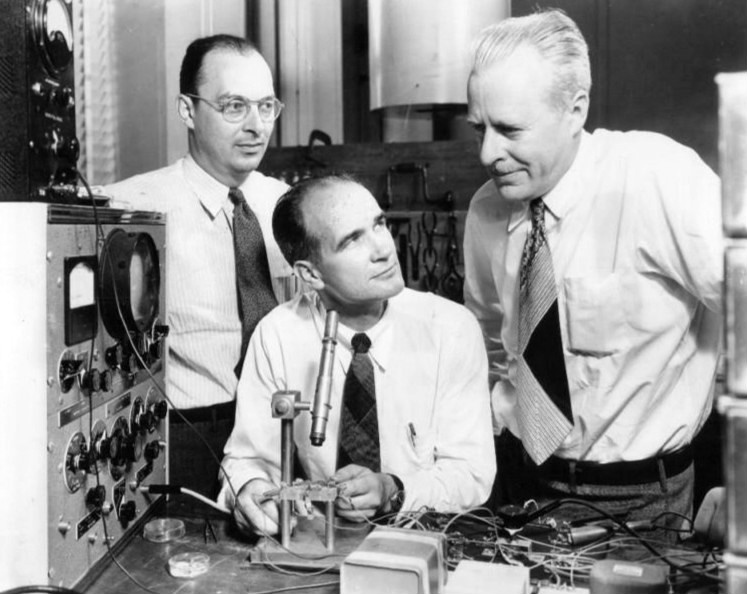 История микропроцессора и персонального компьютера: 1947-1974 годы - 2