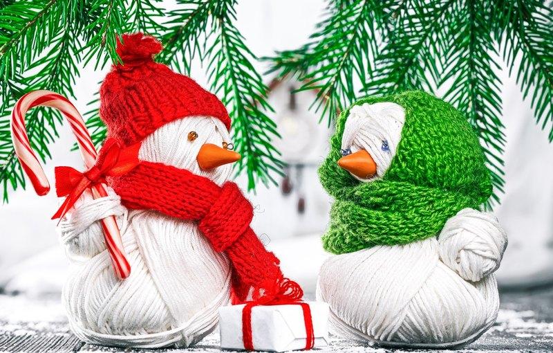 Снеговики без снега: новогоднее настроение своим руками