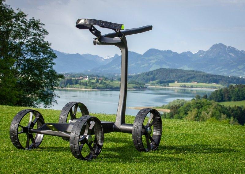 Тележка для гольфа, движущаяся в соответствии со скоростью пользователя - 2