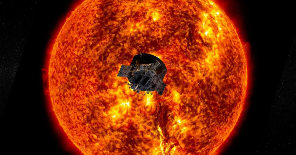 Зонд «Паркер» обнаружил на Солнце «кнуты» и воронки