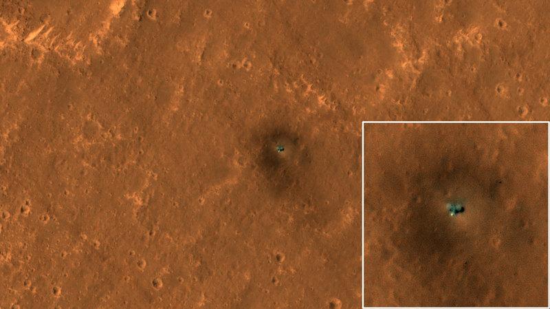 Зонды InSight и Curiosity на поверхности Марса: спутниковые снимки
