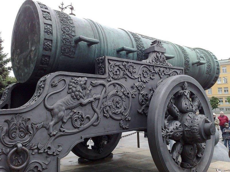 Царь-пушка – вовсе не пушка: что на самом деле стоит в Кремле