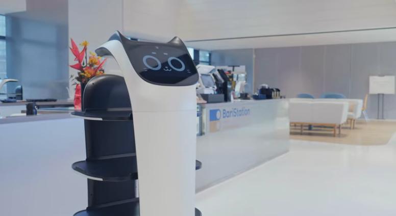 На выставке CES 2020 представили робокошку-официанта - 1