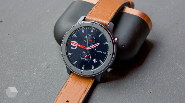 Часы Amazfit GTR стали работать дольше и получили другие важные функции