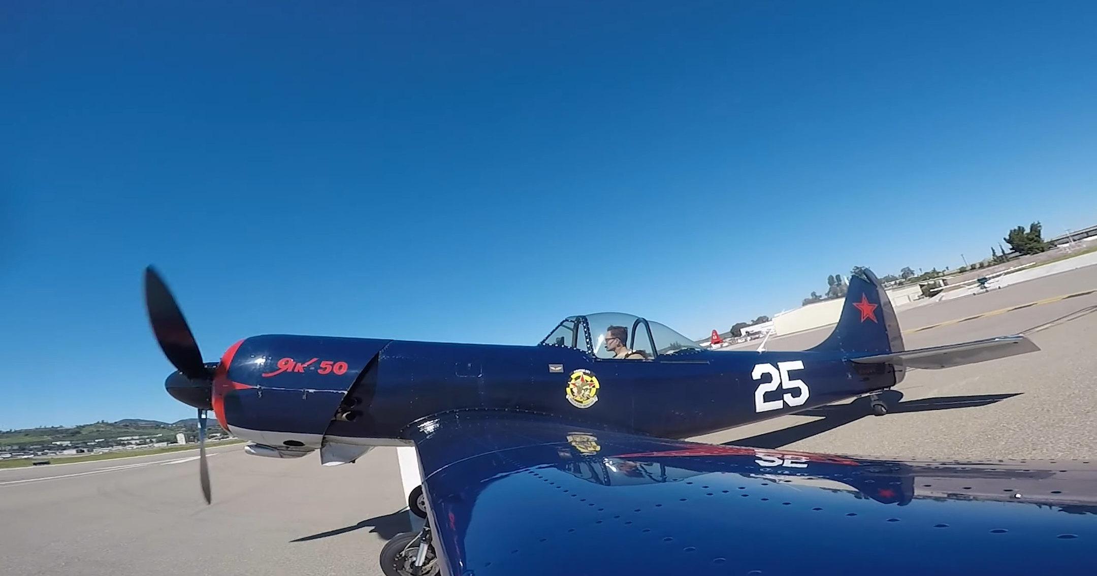 """Из """"Хорнета"""" в Як-50: будни и выходные пилота ВМС США"""