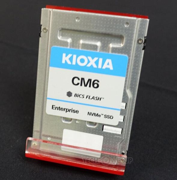 Твердотельные накопители Kioxia CM6 с интерфейсом PCIe 4.0 x4 будут предложены объемом до 30 ТБ