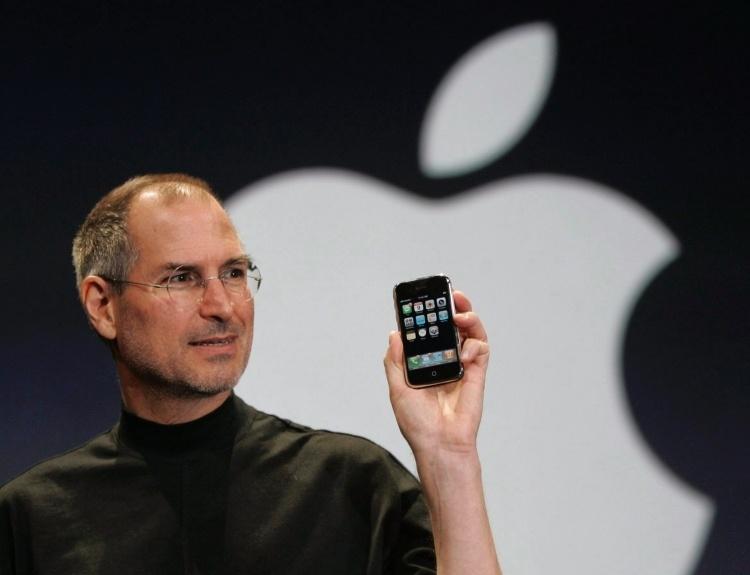 Количество проданных по всему миру iPhone приближается к 2 млрд