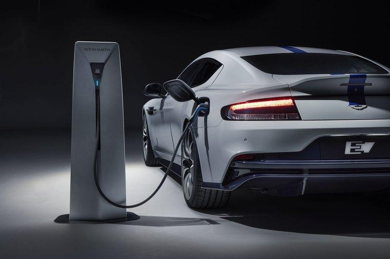 СМИ: Aston Martin не станет выпускать электрокар Rapide E