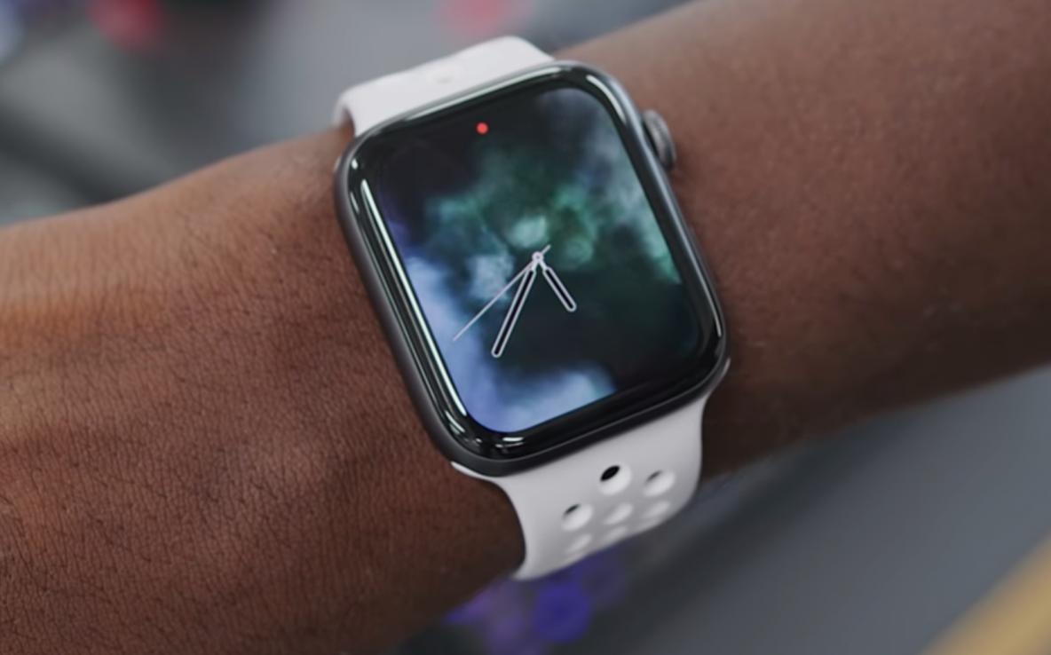Apple обвинили в краже технологий для «умных» часов - 1
