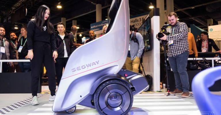 Журналист сломал прототип электрокресла Segway S-Pod во время тестирования на выставке CES 2020 - 3