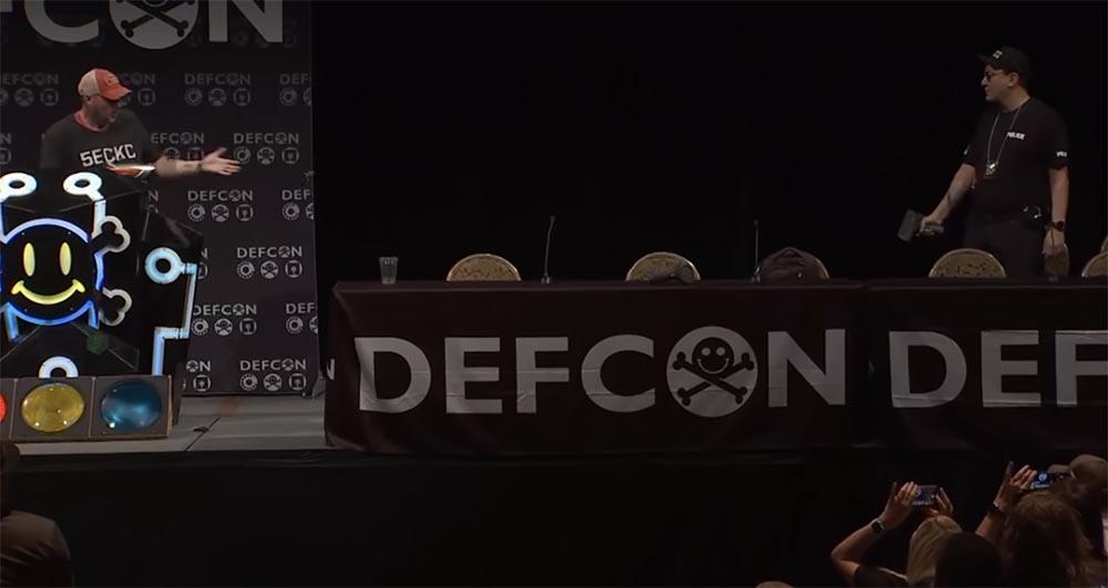 Конференция DEFCON 27. Взламываем полицию. Часть 1 - 15