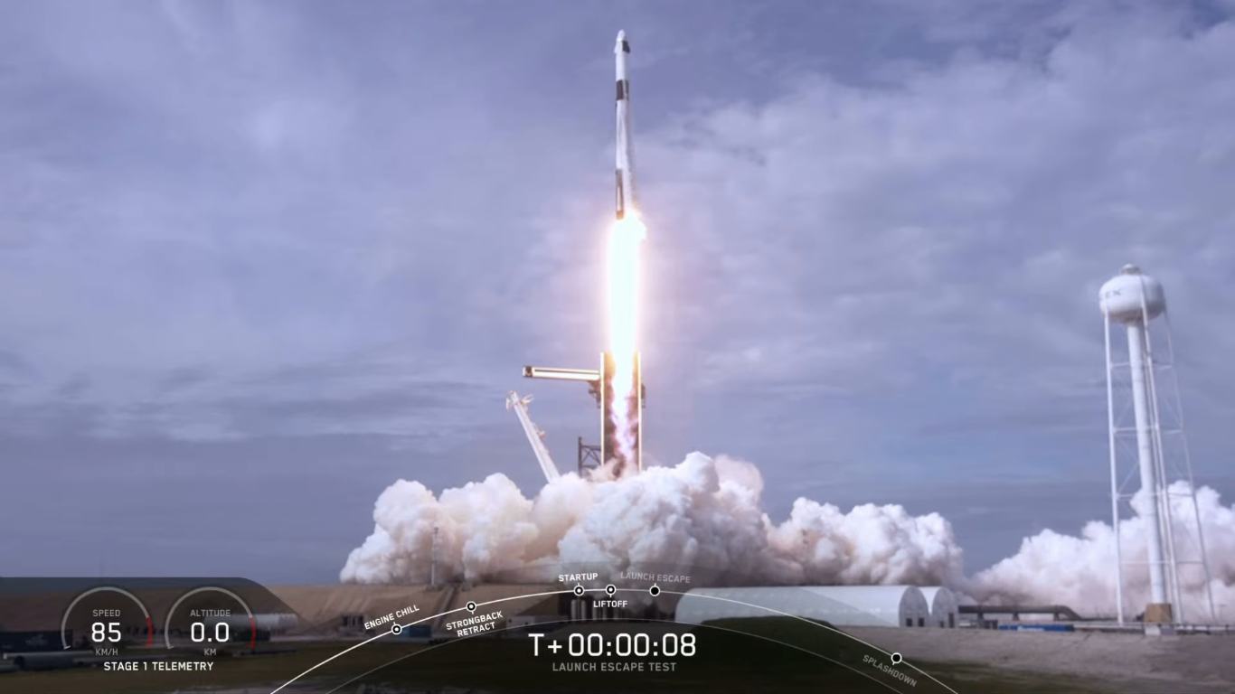 SpaceX успешно провела испытание системы спасения корабля Crew Dragon - 15