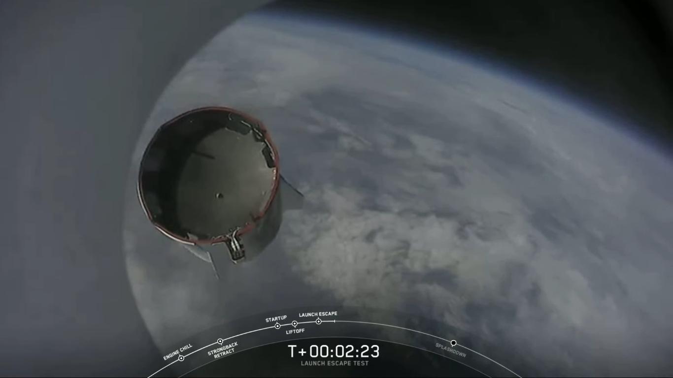 SpaceX успешно провела испытание системы спасения корабля Crew Dragon - 26