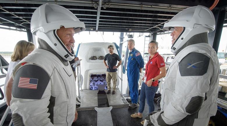 «Союзам» придётся подвинуться. Первый пилотируемый полёт к МКС на космическом корабле Crew Dragon намечен на второй квартал