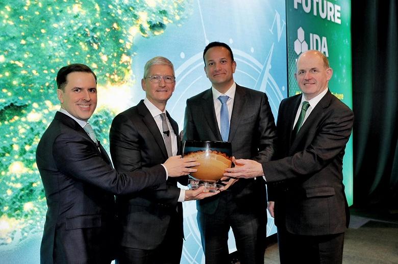 Тима Кука наградили в Ирландии в честь «40-летнего вклада Apple» в эту страну