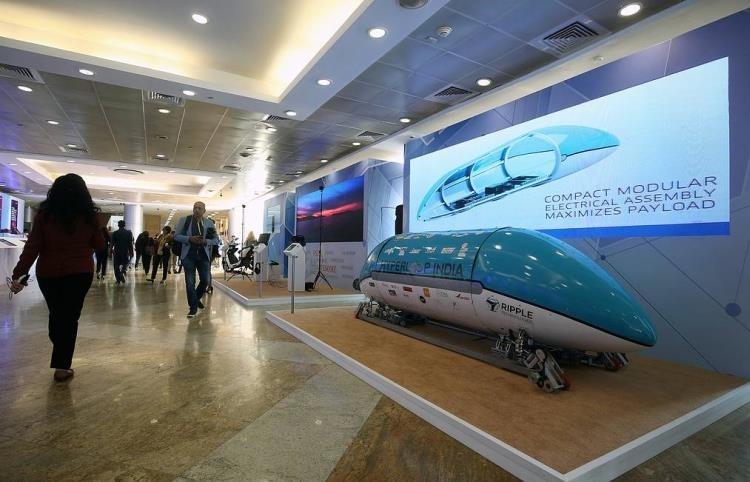 Индия отказалась от сверхскоростного вакуумного поезда Hyperloop