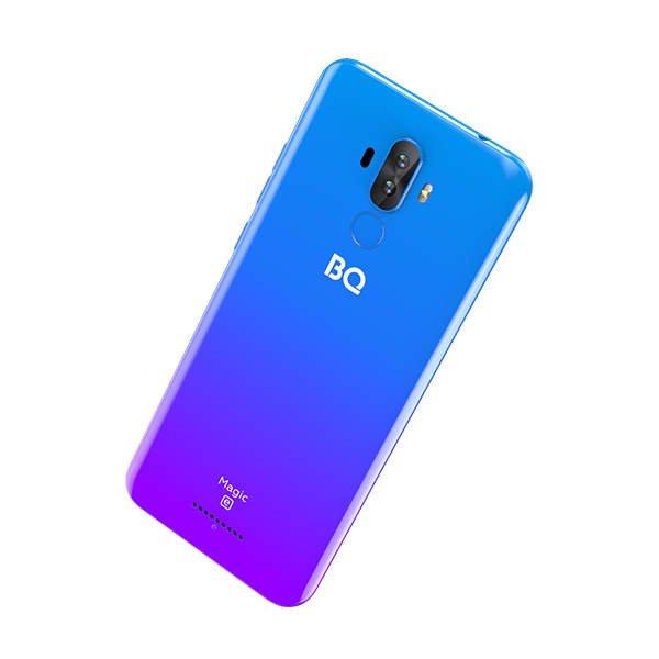 На рынок вышел российский смартфон с NFC дешевле 6000 рублей