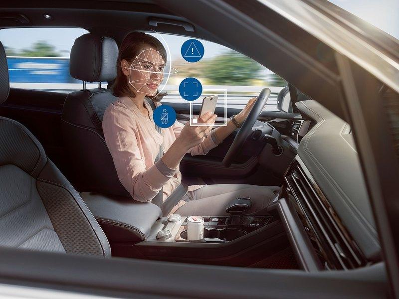 Поведение водителей окажется под контролем автомобилей