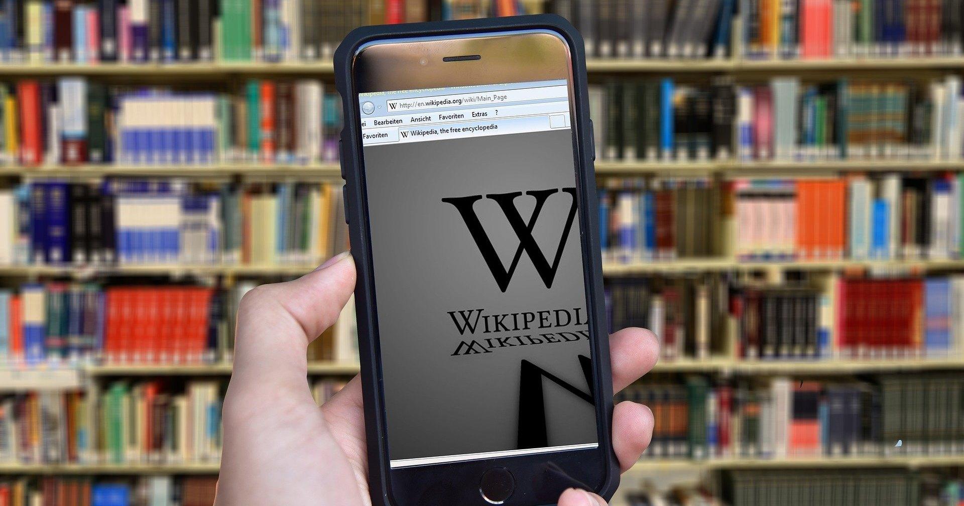 Википедия  установила очередной рекорд по количеству статей - 1