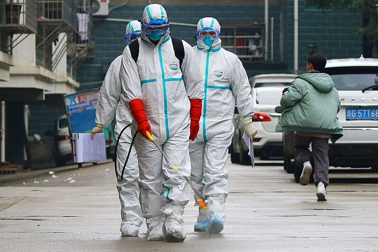 На борьбу со страшным вирусом Huawei и другие лидеры рынка тратят миллионы долларов