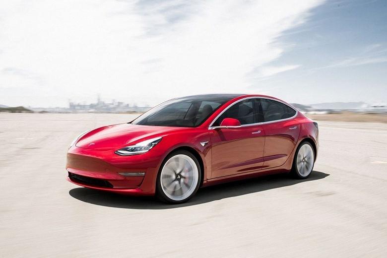 В минувшем квартале было выпущено 86 958 электромобилей Tesla Model 3, а покупатели получили 92 620 штук - 1