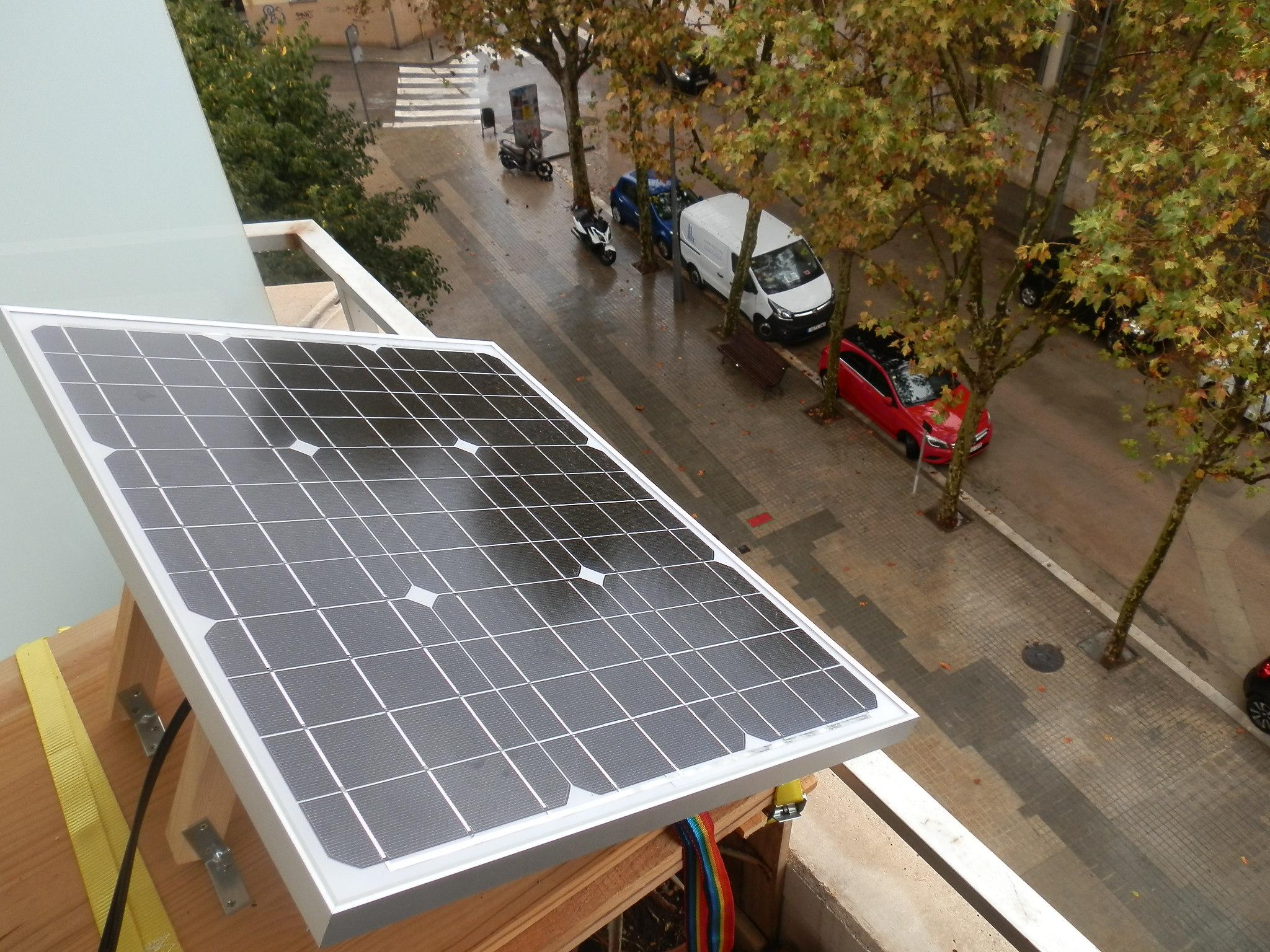 Домашний веб-сервер на солнечных батареях отработал 15 месяцев: аптайм 95,26% - 15