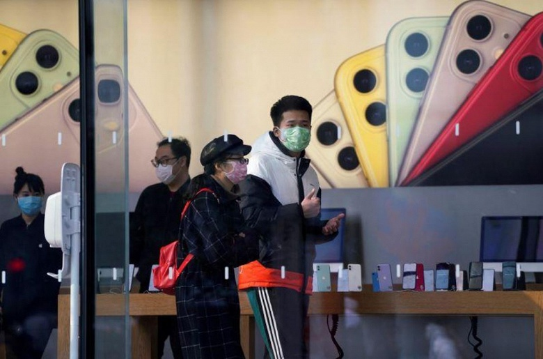 Apple закрывает все магазины и офисы в Китае из-за вспышки коронавируса