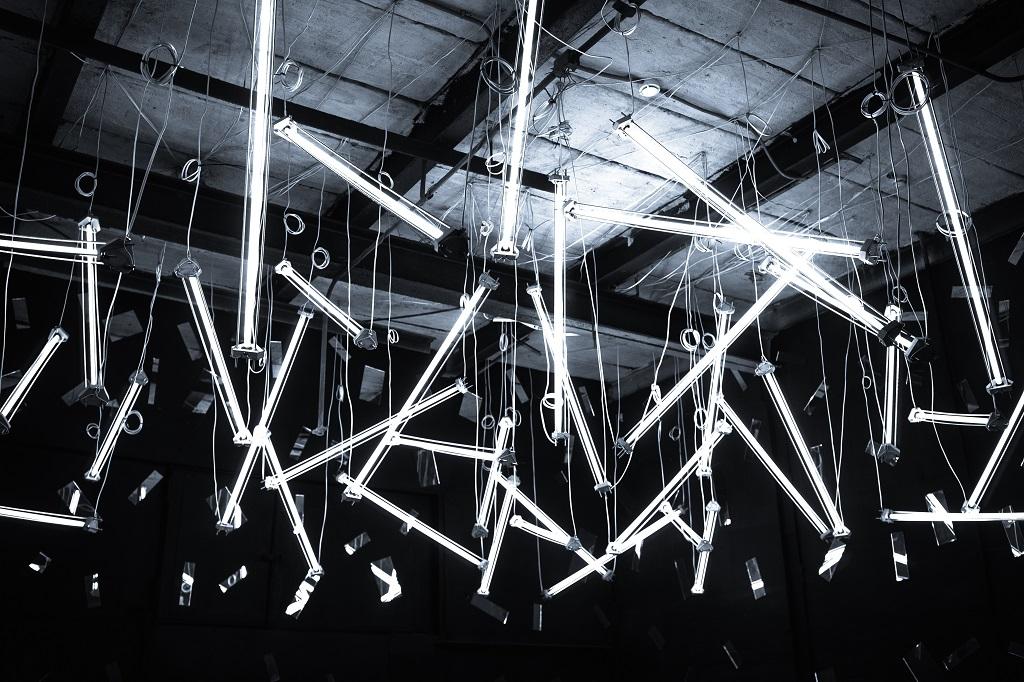 «Не мерцай в глаза»: как устроена технология подсветки экрана электронных ридеров - 1