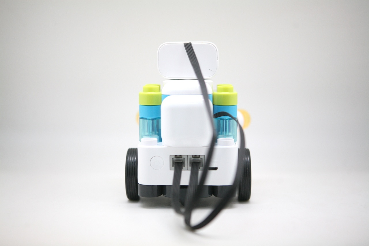 Botzees — робот-конструктор для самых маленьких с дополненной реальностью и добрыми глазами - 21